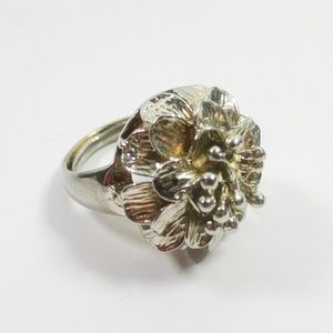 Jewelry - Boho Girly Oversize Floral Flower Statement Ring